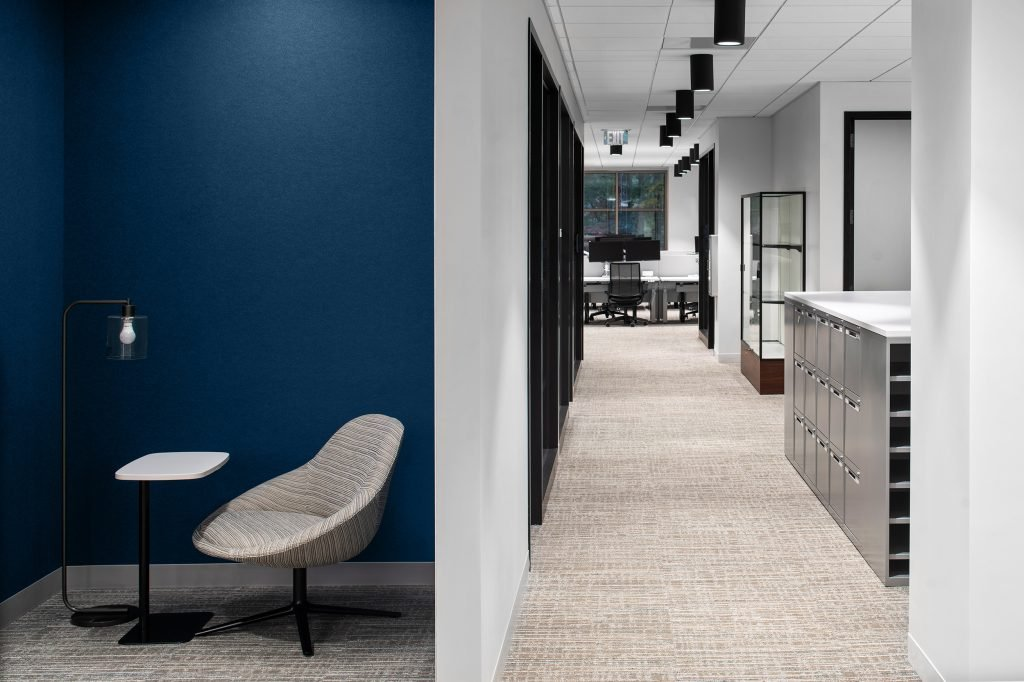 Verizon-Alpharetta---Phase-Two---Chat-Room-to-Hall